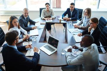 réunion entre salariés
