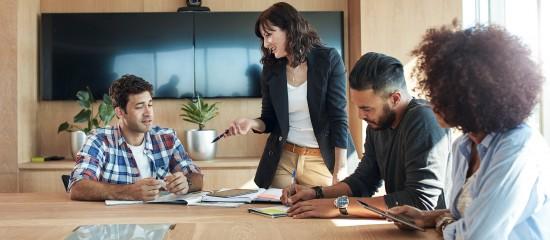 Un directeur d'établissement peut-il représenter les salariés au CSE?