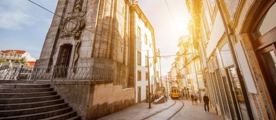 Portugal: vers la fin des retraites dorées?